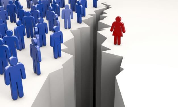Vrouwen zijn in staat om over hun ego heen te stappen