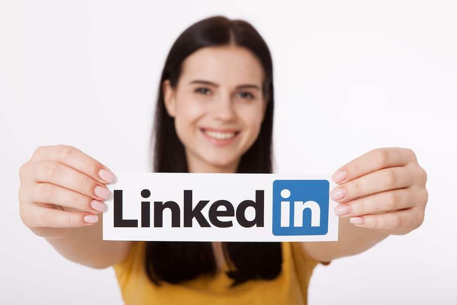 4 dingen die je per direct van je LinkedIn profiel moet verwijderen