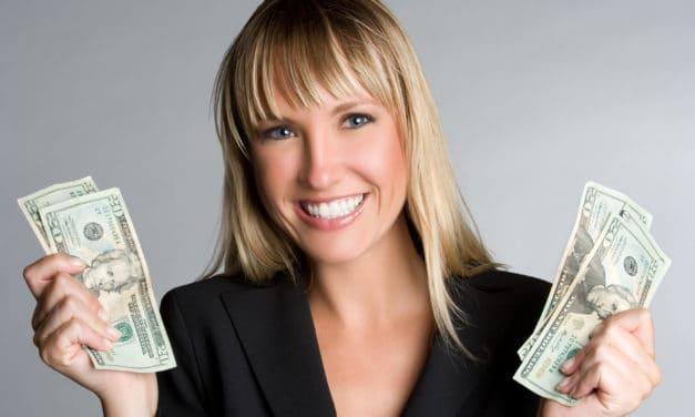 Vrouwen zijn eerder tevreden met hun salaris