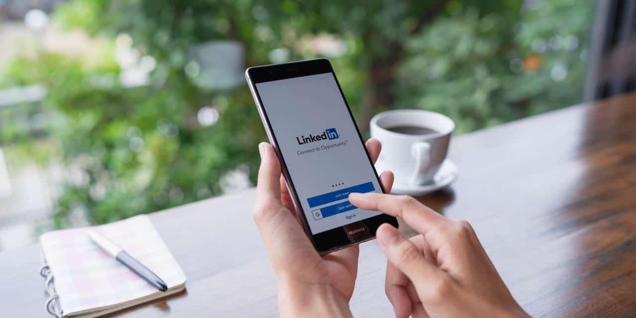 Recruiters op LinkedIn klikken minder op profielen van vrouwen