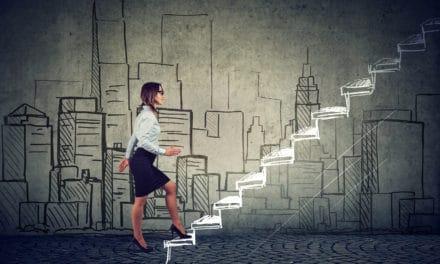 Op weg naar de top, verliezen vrouwen vaker leidinggevende functie