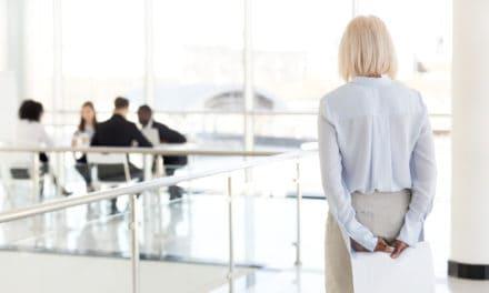 Drie dingen die vrouwen boven de 50 kunnen doen om hun baan te behouden