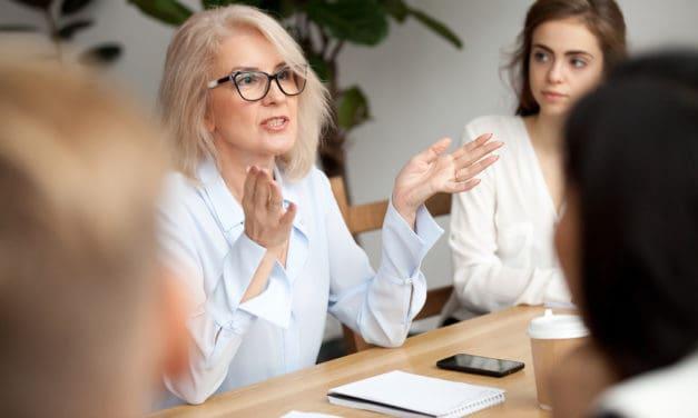 Als we meer vrouwen in leidinggevende functies willen, moeten ze de spelregels kennen