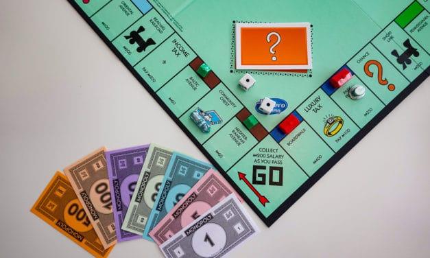 Nieuwe versie van Monopoly betaalt vrouwen meer