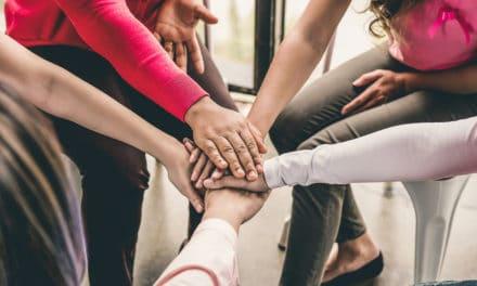 Hoe vorm je een sisterhood?