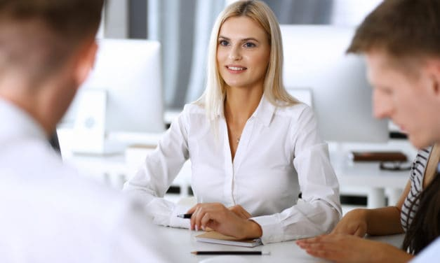 Uiterlijk, gender en accent zijn belangrijk bij salarisonderhandelingen