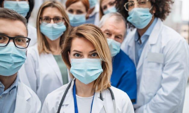 Waarom vrouwen meer risico lopen tijdens de coronacrisis