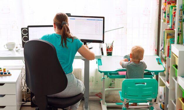 Corona vergroot gender gap voor moeders
