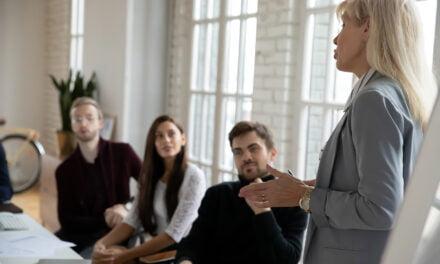 Waarom vrouwelijke leiders vaker een burn-out hebben