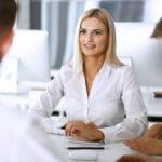 Waarom je je werk niet ál te belangrijk moet vinden