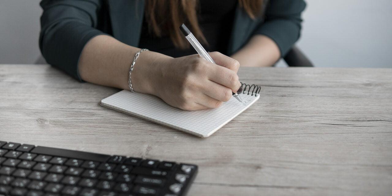 Vrouwen die fulltime werken volgen vaker bijscholing dan mannen